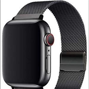 Black mesh magnetic Apple watch ⌚️ band